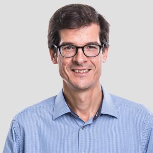Prof. Vicente Carabias